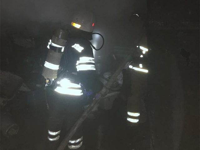 В Николаеве горело складское помещение на улице Прибугская, - ФОТО, фото-1