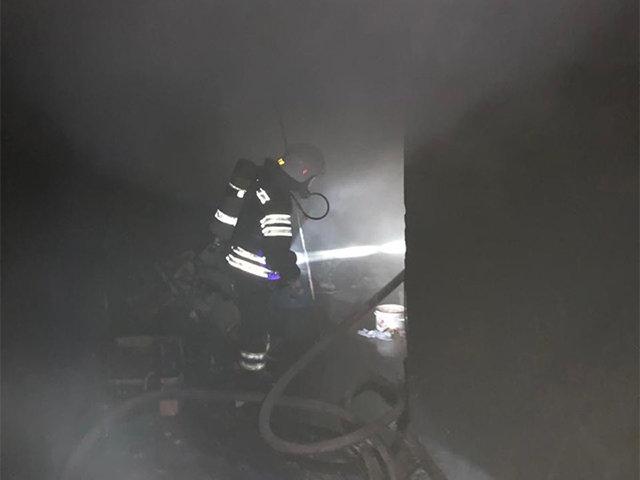 В Николаеве горело складское помещение на улице Прибугская, - ФОТО, фото-2
