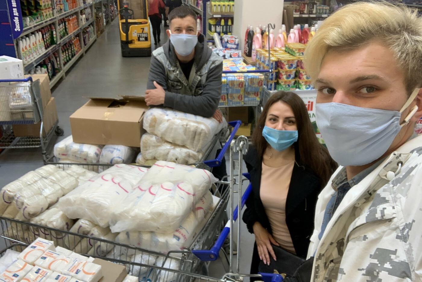 Николаевские «добрососеди» закупили для ветеранов города 500 кг продуктовых наборов, фото-1