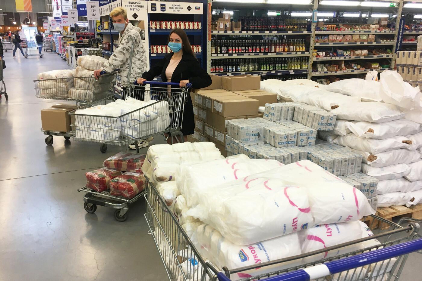 Николаевские «добрососеди» закупили для ветеранов города 500 кг продуктовых наборов, фото-2