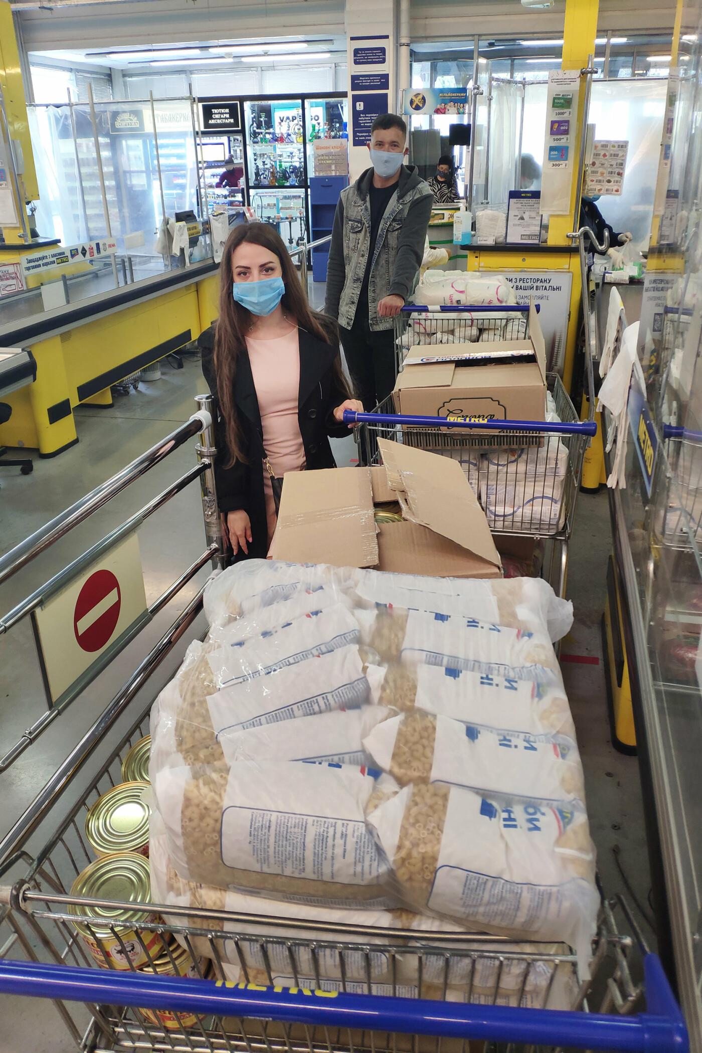 Николаевские «добрососеди» закупили для ветеранов города 500 кг продуктовых наборов, фото-3