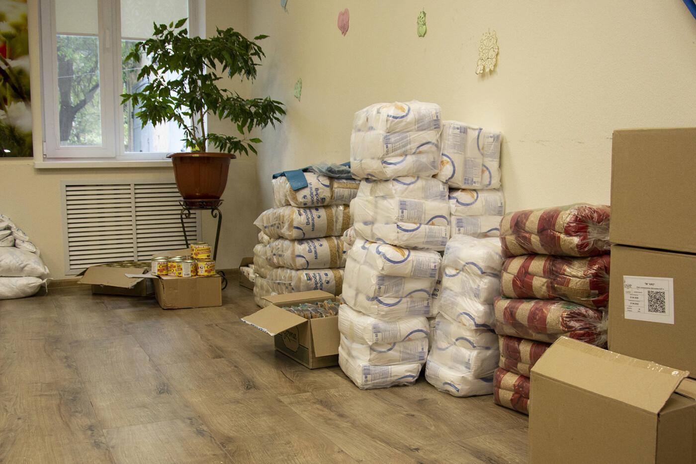 Николаевские «добрососеди» закупили для ветеранов города 500 кг продуктовых наборов, фото-4