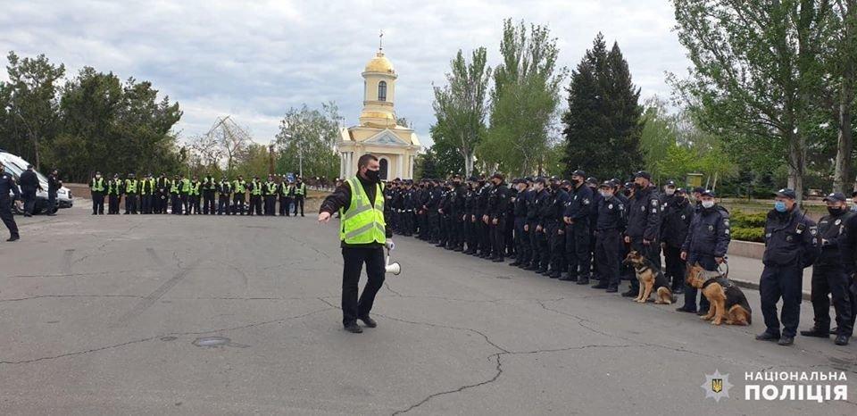 Николаевские полицейские в праздничные дни работают в усиленном режиме, - ФОТО, фото-1