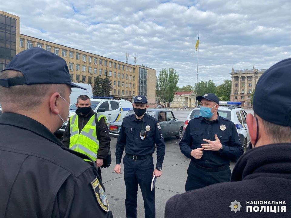 Николаевские полицейские в праздничные дни работают в усиленном режиме, - ФОТО, фото-4