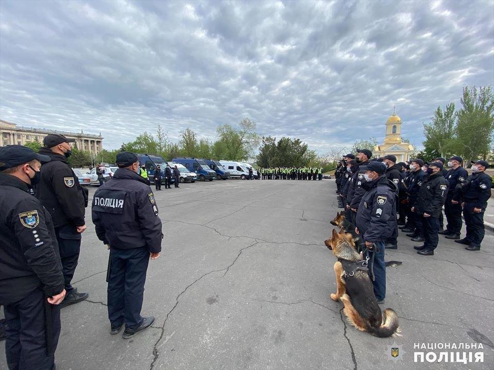 Николаевские полицейские в праздничные дни работают в усиленном режиме, - ФОТО, фото-5
