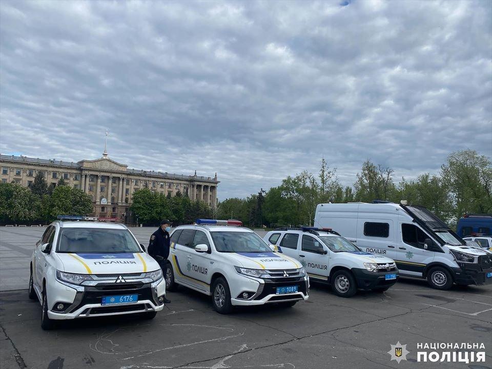 Николаевские полицейские в праздничные дни работают в усиленном режиме, - ФОТО, фото-6