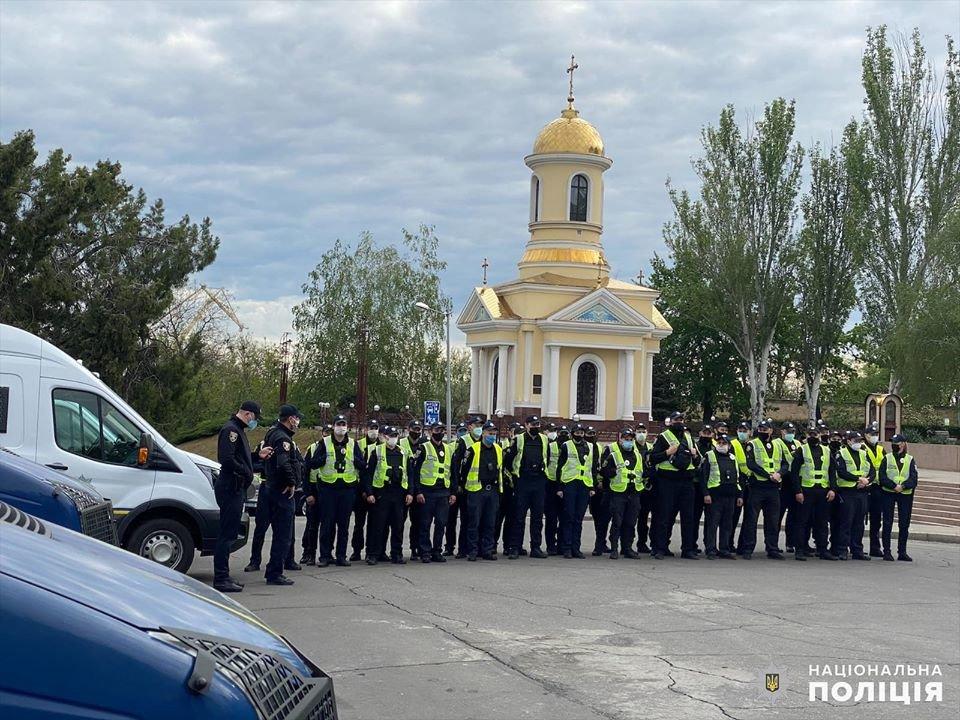 Николаевские полицейские в праздничные дни работают в усиленном режиме, - ФОТО, фото-9
