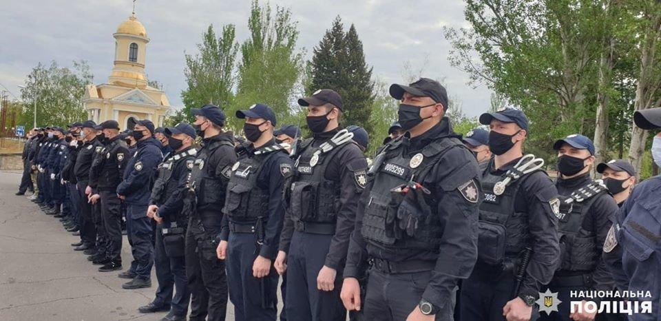 Николаевские полицейские в праздничные дни работают в усиленном режиме, - ФОТО, фото-10
