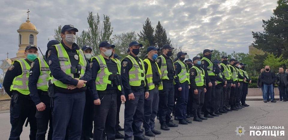 Николаевские полицейские в праздничные дни работают в усиленном режиме, - ФОТО, фото-13