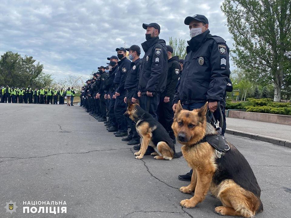 Николаевские полицейские в праздничные дни работают в усиленном режиме, - ФОТО, фото-14