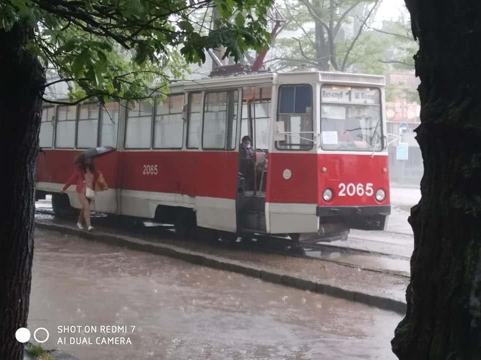 Из-за сильного дождя улицы в Николаеве подтопило, - ФОТО, фото-4