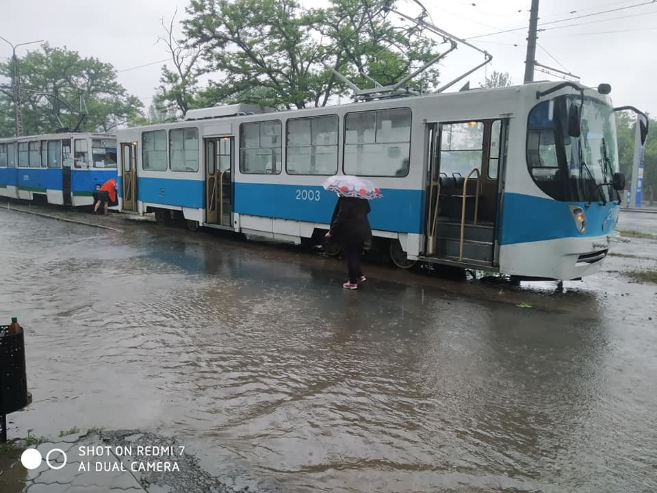 Из-за сильного дождя улицы в Николаеве подтопило, - ФОТО, фото-3