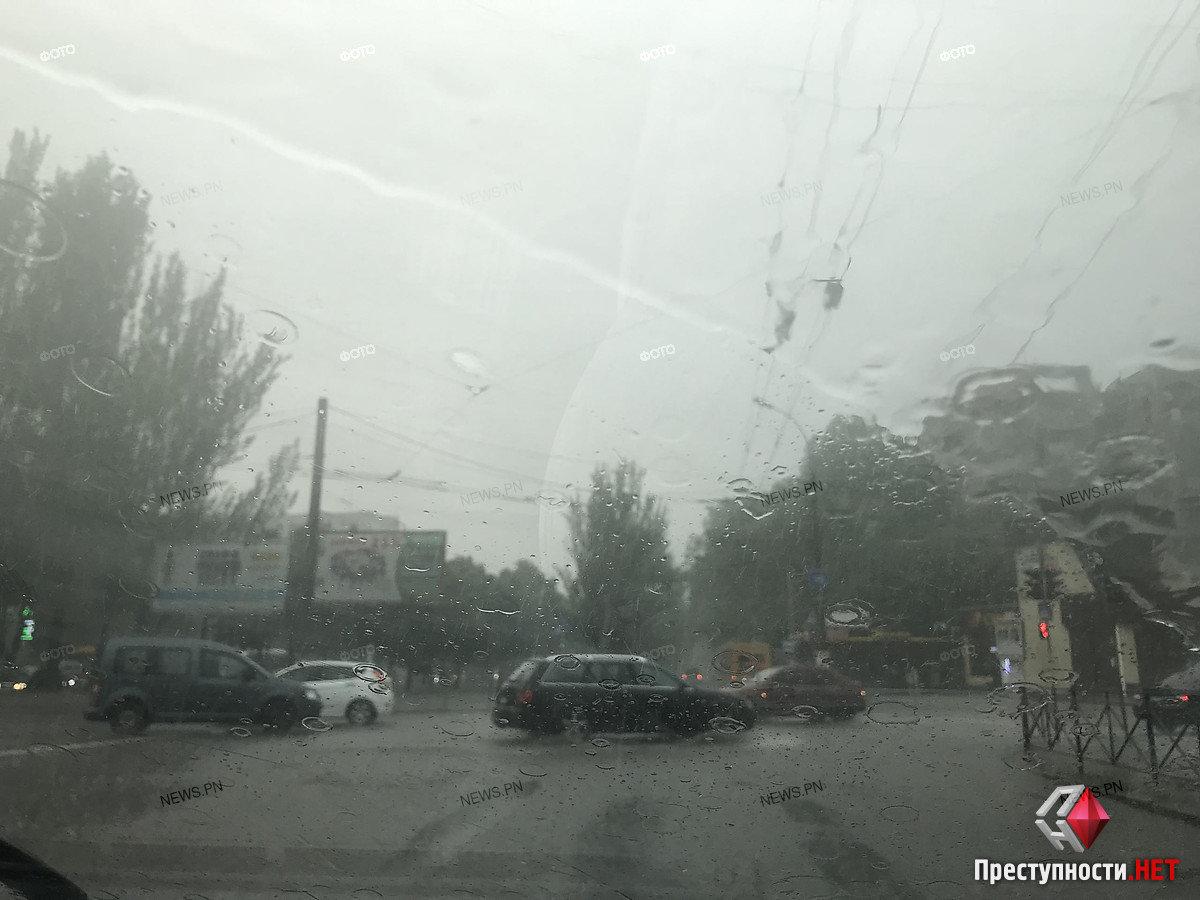 Из-за сильного дождя улицы в Николаеве подтопило, - ФОТО, фото-2
