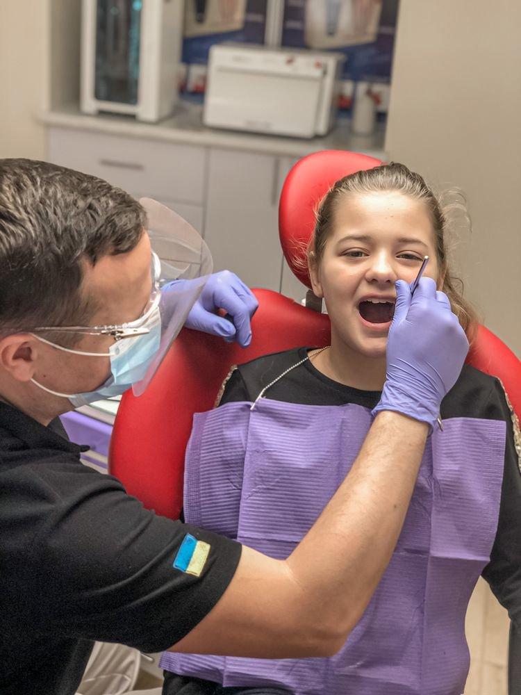 Безболезненное лечение зубов в Николаеве: ТОП стоматологий города, фото-16