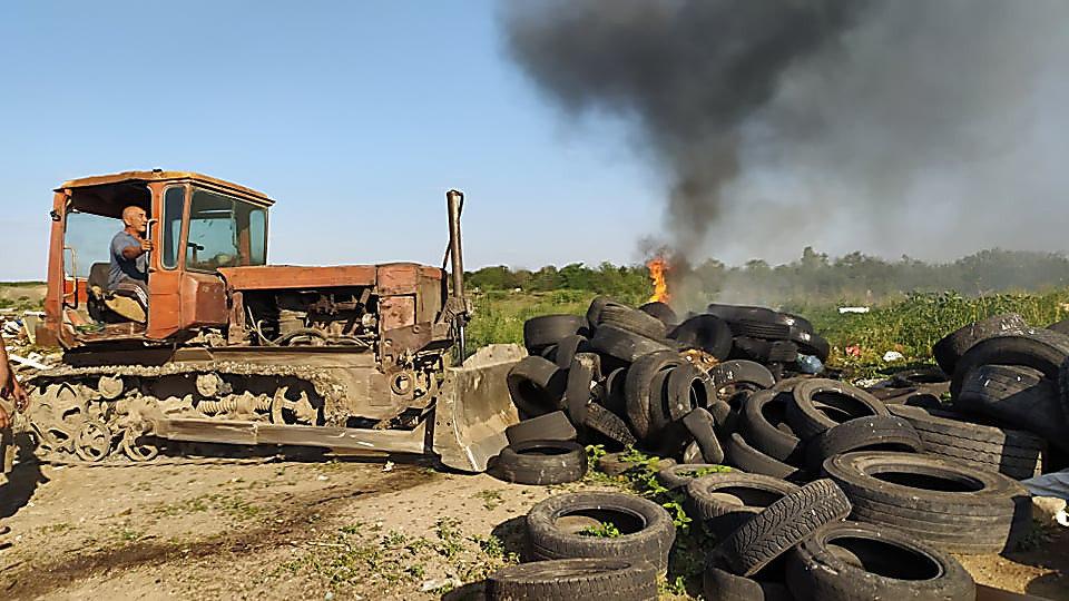 В Николаеве горела стихийная свалка, - ФОТО, фото-6