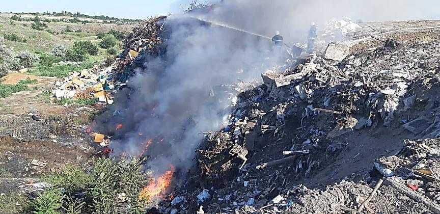 В Николаеве горела стихийная свалка, - ФОТО, фото-9