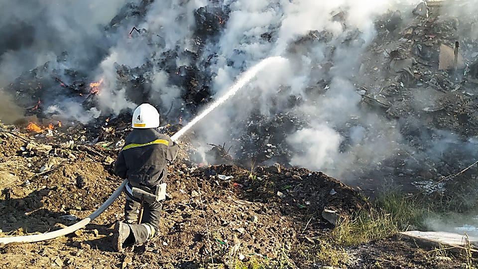 В Николаеве горела стихийная свалка, - ФОТО, фото-4
