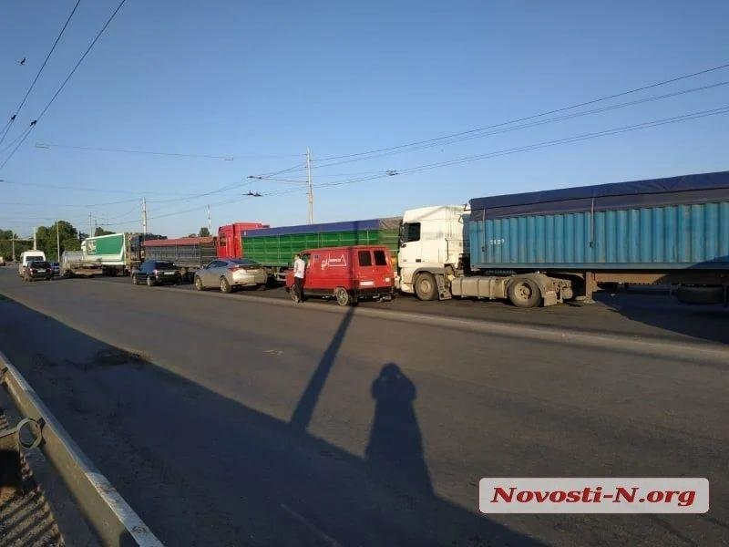 В Николаеве самопроизвольно развелся Ингульский мост, фото-4