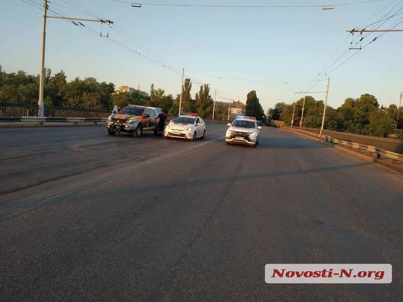 В Николаеве самопроизвольно развелся Ингульский мост, фото-7
