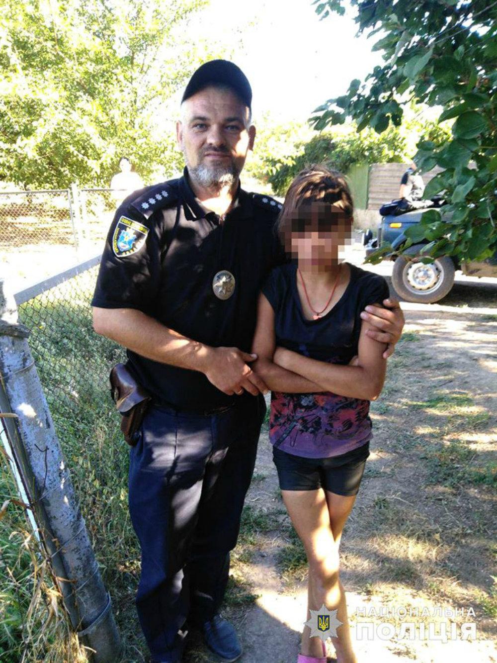 На Николаевщине полицейские вернули девочку, сбежавшую из дома, - ФОТО, фото-1