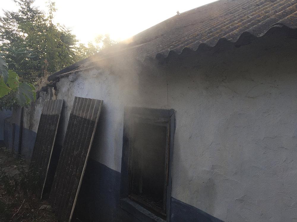 В Николаевской области семейная пара спасла из горящего дома двух пенсионеров, - ФОТО, фото-4
