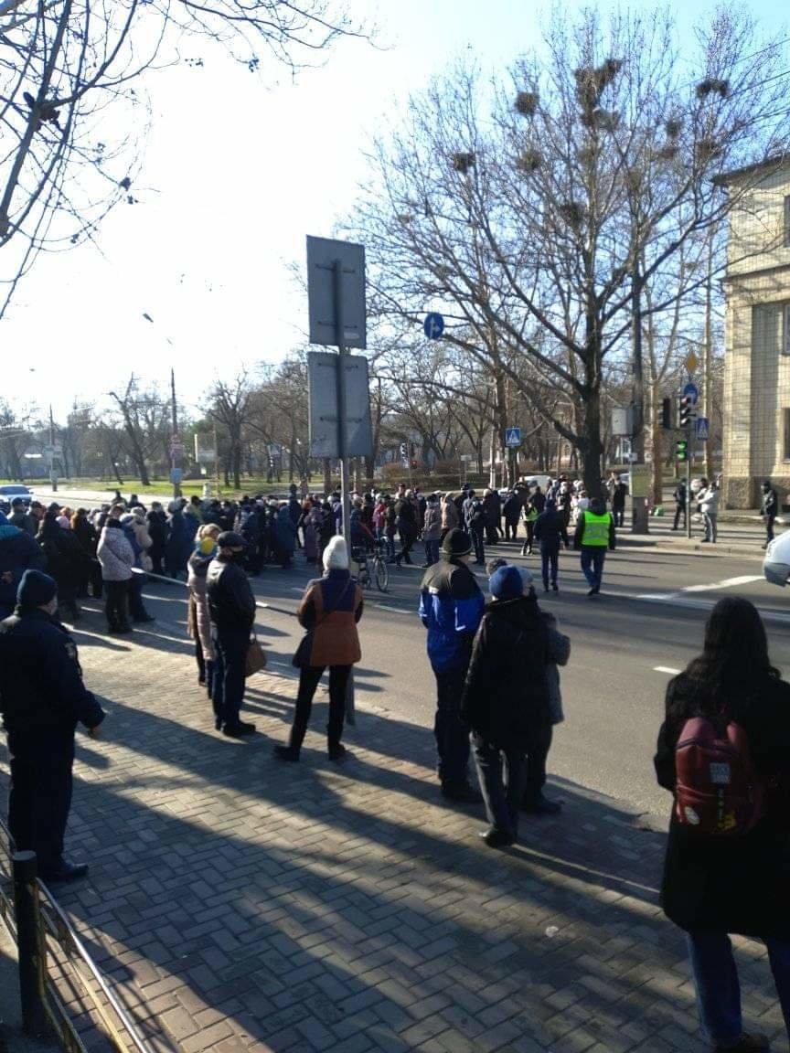 В Николаеве митингующие против повышения тарифов перекрыли Ингульский мост, - ФОТО, фото-5