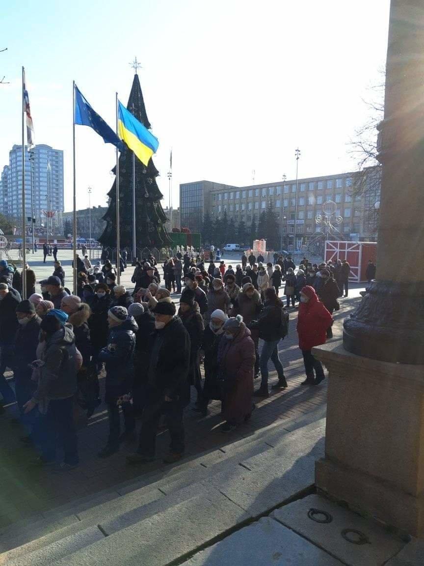 В Николаеве митингующие против повышения тарифов перекрыли Ингульский мост, - ФОТО, фото-3