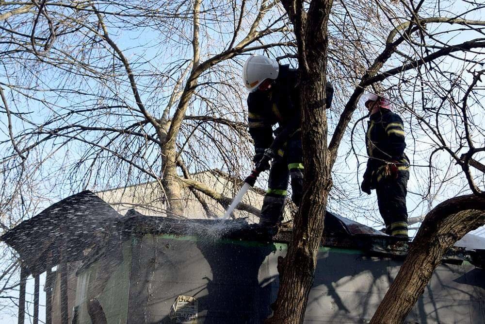 В Николаеве случался пожар на территории рынка, - ФОТО, фото-1