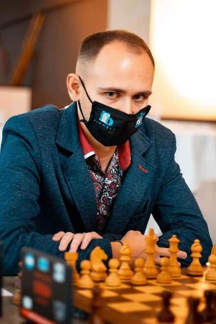николаевский гроссмейстер Виталий Сивук занял второе место
