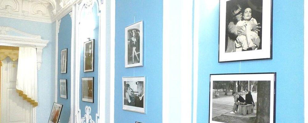 В Николаеве открылась выставка работ шестерых фотографов