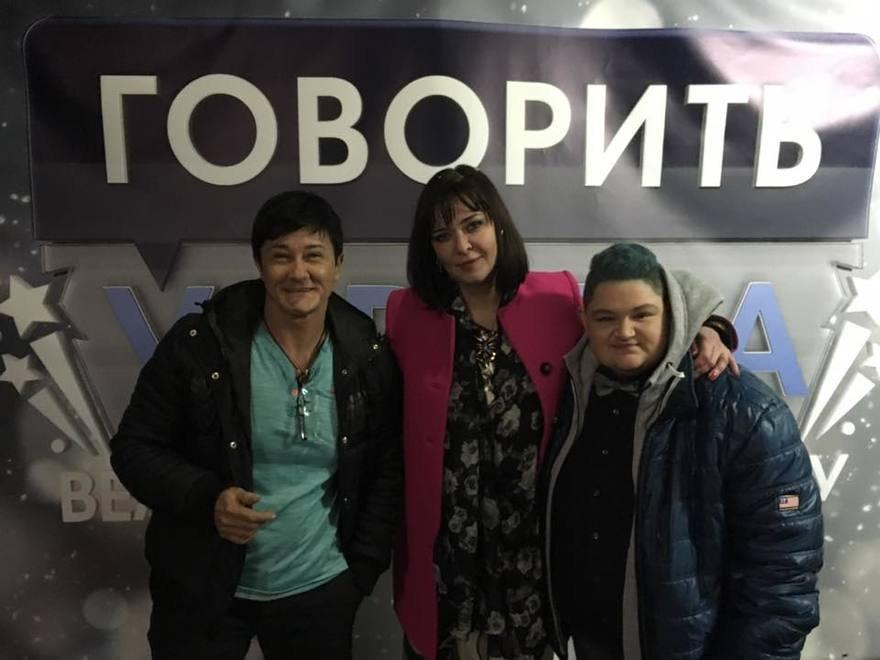 "Кристина и Анна Куркурина на программе ""Говорить Украина"""