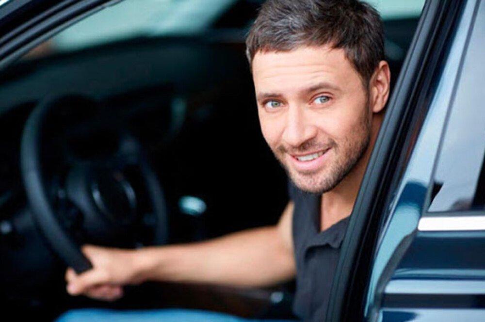 Водитель на авто предприятия