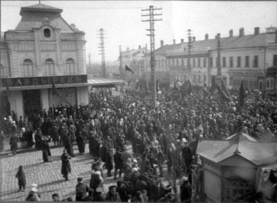 Центр Николаева, улица Соборная, 1 мая 1918 год